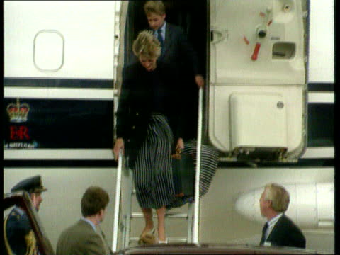 Princes Collection 1 TX London Heathrow Airport Royal jet taxiing on runway Harry Diana and William down plane steps and into car
