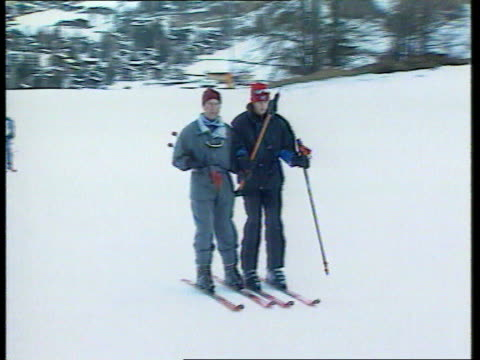 princes collection 2 t02019802 prince charles takes sons william harry to klosters for skiing holiday klosters princes charles william and harry and... - vacanza sulla neve video stock e b–roll