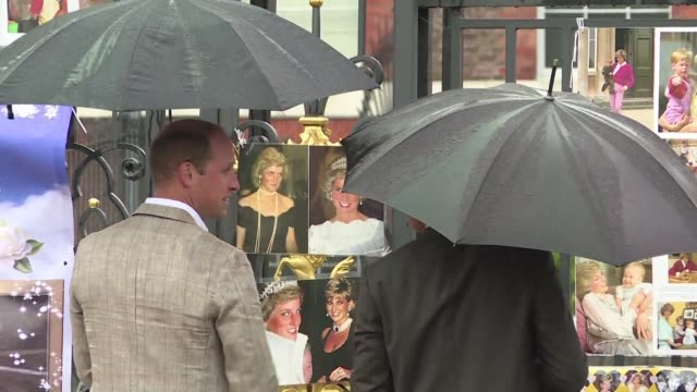 princes william and harry pay tribute to their late mother princess diana for the 20th anniversary of her death as wellwishers leave candles and... - tribute event stock videos & royalty-free footage