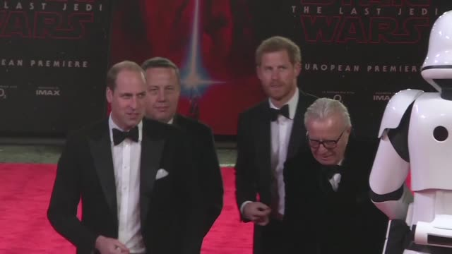 princes william and harry walk the red carpet at the european premiere of star wars the last jedi - will.i.am stock videos & royalty-free footage