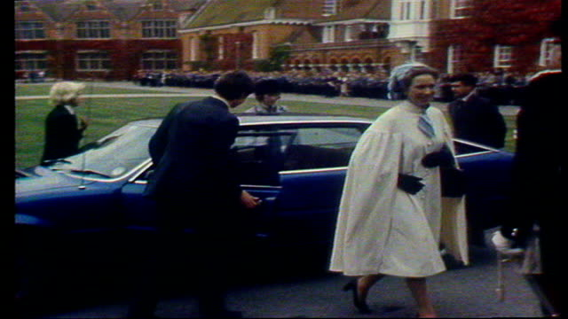 princess anne and husband; england: marlborough college: ms college grounds captain mark phillips and princess anne from car princess anne shown... - britisches königshaus stock-videos und b-roll-filmmaterial