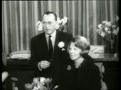 b/w princess beatrix of the netherlands and husband at home / 1960's / sound - paar mittleren alters stock-videos und b-roll-filmmaterial