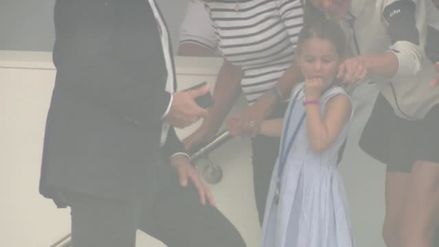 princess charlotte sticks her tongue out at reporters at the king's cup regatta in cowes on the isle of wight william and kate are taking part in the... - charlotte stock-videos und b-roll-filmmaterial