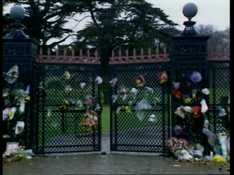 Althorp House ticketline ITN ENGLAND Northamptonshire Althorp Park Gates to Althorp estate close Althorp estate house and Island where Diana is buried