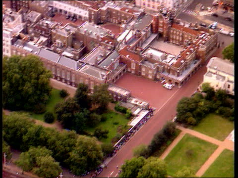 princess diana death; england: london: kensington palace: ext air view people outside kensington palace st james palace: air view st james palace... - palace stock-videos und b-roll-filmmaterial