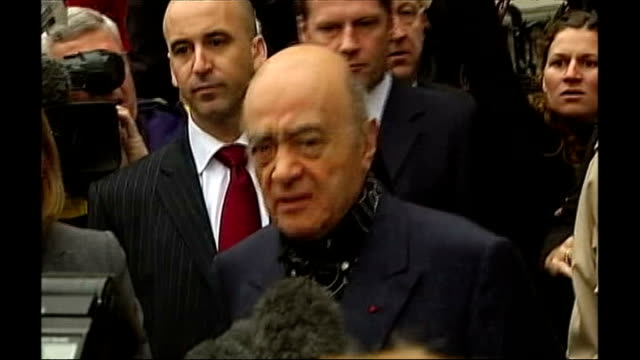 stockvideo's en b-roll-footage met princess diana inquest: coroner rejects conspiracy theories due to lack of evidence; tx 2.3.2007 ext mohamed al fayed speaking to press sot - lijkschouwer