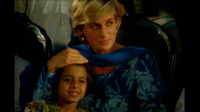 princess diana inquest: interview with hasnat khan; 23.5.1997 t23059729 pakistan: lahore: ext **beware flash photography** princess diana, wearing... - hasnat khan stock-videos und b-roll-filmmaterial