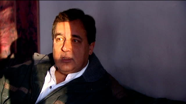 princess diana inquest: interview with hasnat khan; **news at ten exclusive** pakistan: jhelum: khan interview sot - i don't talk about any of my... - hasnat khan stock-videos und b-roll-filmmaterial