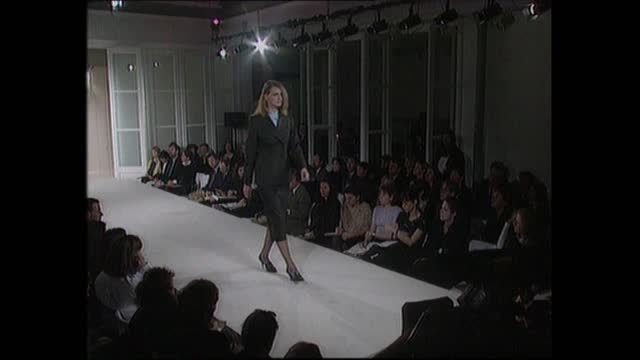 princess diana makes surprise visit to london fashion week; lnn: england: london: int diana, princess of wales sitting in front row various shots of... - design stock videos & royalty-free footage