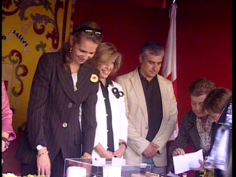 Princess Elena presides a table at 2009 Red Cross fundraising campaign Madrid Spain
