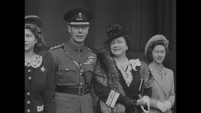vs princess elizabeth king george queen elizabeth princess margaret all standing side by side - george vi of the united kingdom stock videos & royalty-free footage
