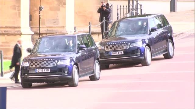 Princess Eugenie and Jack Brooksbank wedding royal guests arrive ENGLAND Berkshire Windsor Windsor Castle Range Rovers along carrying senior royals /...