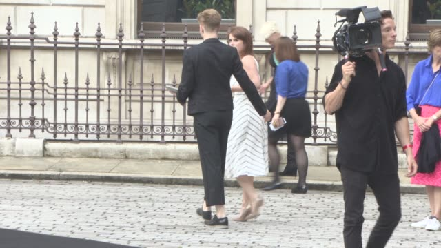 vídeos de stock, filmes e b-roll de princess eugenie of york at royal academy of arts summer exhibition preview party 2016 on june 7, 2016 in london, england. - royal academy of arts