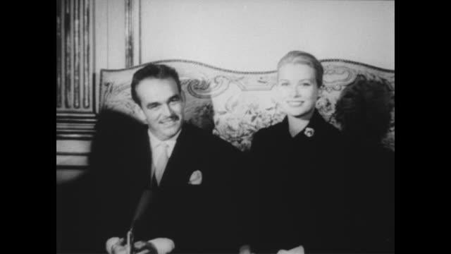 Princess Grace and Prince Rainier III hold a press conference in Paris at the Monacan Delegation / the Princess an expectant mother announces she is...