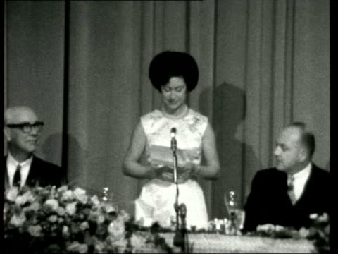 stockvideo's en b-roll-footage met princess margaret and lord snowdon in san francisco ***also california san francisco int princess margaret countess of snowdon into room princess... - prinses margaret windsor gravin van snowdon