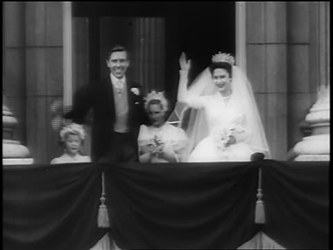 Princess Margaret husband Anthony Armstrong Jones waving from balcony after wedding