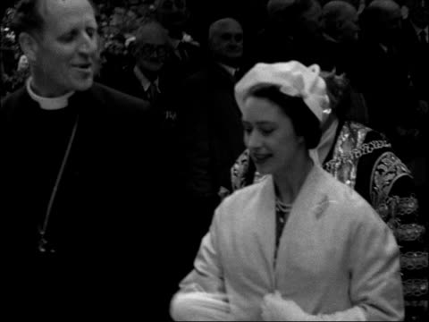 princess margaret visits coventry; england: west midlands: coventry: hrh princess margaret along with mayor of coventry, waving to crowds princess... - コベントリー点の映像素材/bロール