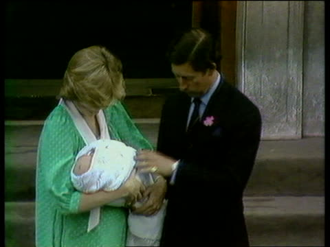 Princess of Wales agrees to divorce TX London Paddington TMS Charles and Diana pose outside hospital