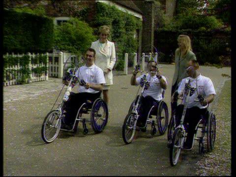 princess of wales at wheelchair marathon launch; england princess of wales & gaby roslin with wheelchair athletes princess and roslin pose with... - gaby roslin stock videos & royalty-free footage
