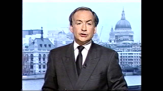 vídeos de stock e filmes b-roll de princess of wales death: london today special: 'a capital mourns': pab part two; england: london: int alastair stewart and anna maria ashe live studio - alastair stewart