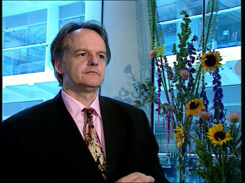 vídeos de stock, filmes e b-roll de princess of wales death - new documentaries; england: london: gir: int richard belfield intvwd - denies being irresponsible / would be irresponsible... - filme documentário