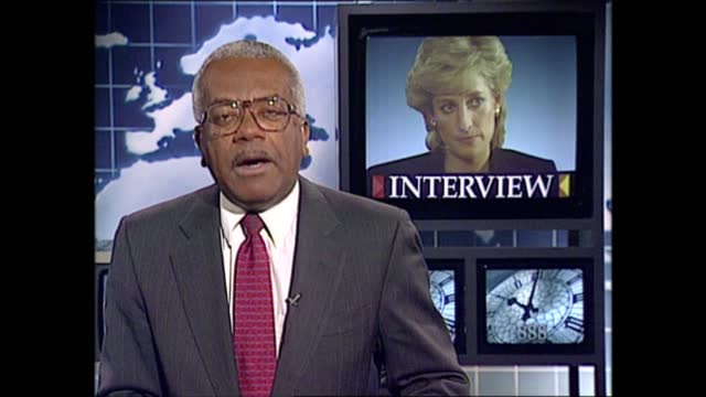 princess of wales 'panorama' interview: news at ten pab; england: london: gir: int trevor mcdonald to camera sot - トレバー マクドナルド点の映像素材/bロール