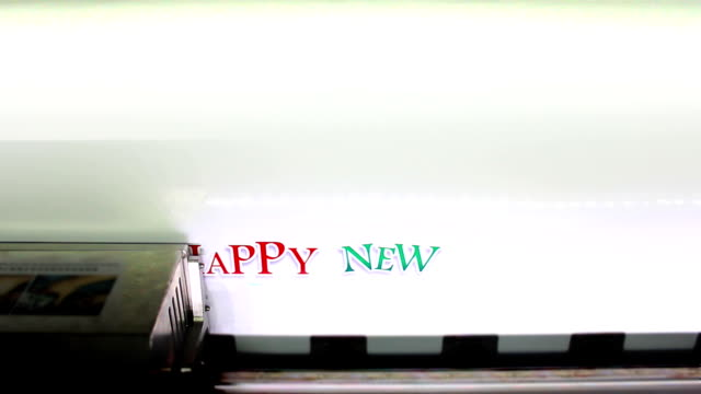 stockvideo's en b-roll-footage met printing happy new year 2013 - drukpers