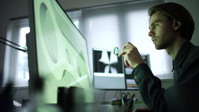 cad 3d stampa giovane uomo - design video stock e b–roll