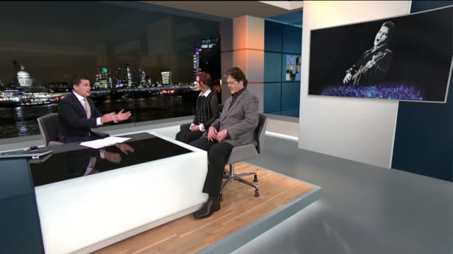 priscilla presley and jerry schilling interview on royal philharmonic orchestra accompanying elvis' music; england: london: gir: reporter to camera... - プリシラ プレスリー点の映像素材/bロール