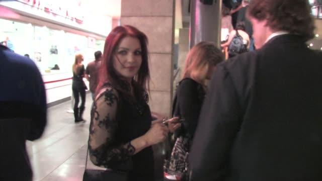 priscilla presley at the 2011 tcm classic film festival in hollywood on 4/28/2011 - プリシラ プレスリー点の映像素材/bロール