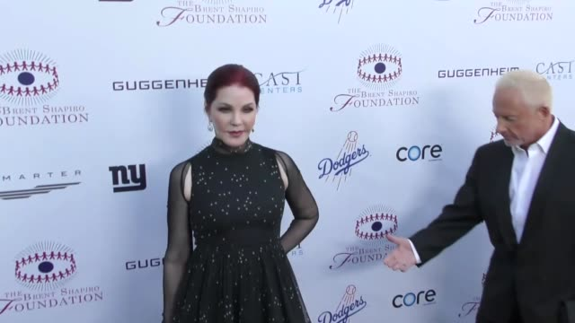 priscilla presley at the annual brent shapiro foundation for alcohol and drug prevention summer spectacular on september 09, 2017 in beverly hills,... - プリシラ プレスリー点の映像素材/bロール