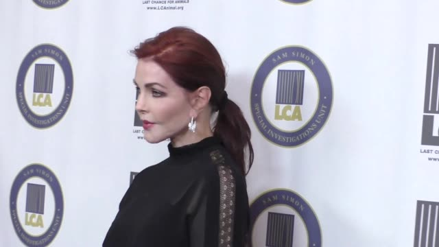priscilla presley at the last chance for animals' annual benefit gala at the beverly hilton in beverly hills at celebrity sightings in los angeles on... - プリシラ プレスリー点の映像素材/bロール