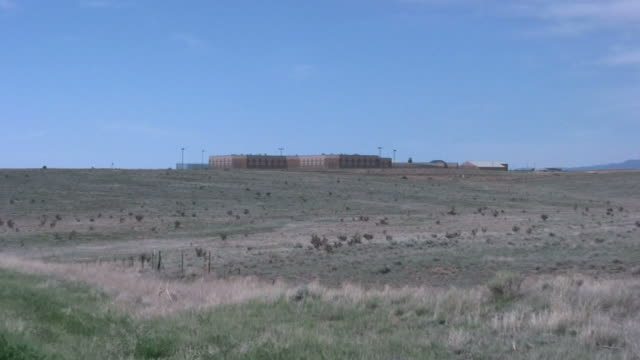 (hd1080i) prison, zoom in - federal prison stock videos & royalty-free footage