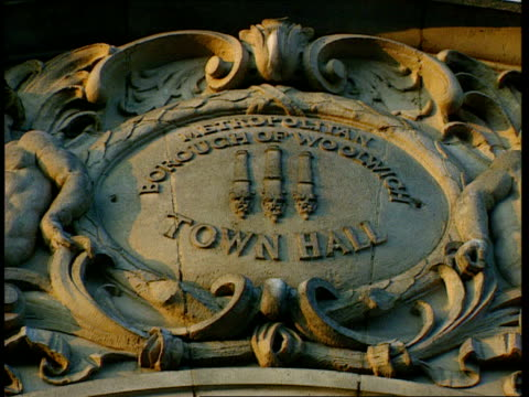 prisoner banned from schools and council buildings after 'dunblane' threat england london se18 greenwich greenwich town hall close shot plaque gv... - ダンブレーン点の映像素材/bロール