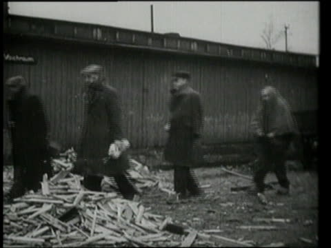 prisoners slowly walking and being helped out / oswiecim, germany - concentration camp stock videos & royalty-free footage