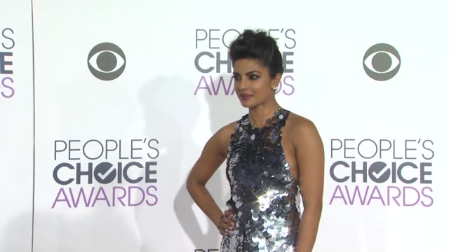 priyanka chopra at the people's choice awards 2016 at nokia plaza l.a. live on january 6, 2016 in los angeles, california. - people's choice awards stock videos & royalty-free footage