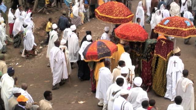 ms ha procession of timka, ethiopian orthodox celebration of epiphany, addis ababa, ethiopia - religion stock-videos und b-roll-filmmaterial