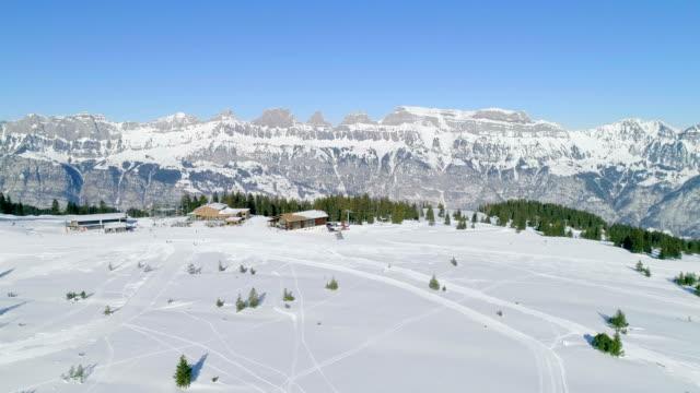 prodalp flumserberg ski resort schweiz - snowboardfahren stock-videos und b-roll-filmmaterial