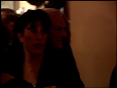 stockvideo's en b-roll-footage met producers guild 98 1 of 2 at the 1998 producers guild of america awards at the beverly hilton in beverly hills california on march 3 1998 - producers guild of america