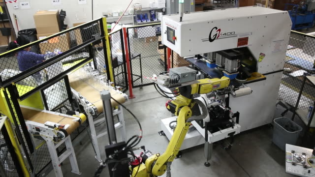 production line at the blendtec factory in orem utah us on friday september 27 2019 - orem stock-videos und b-roll-filmmaterial