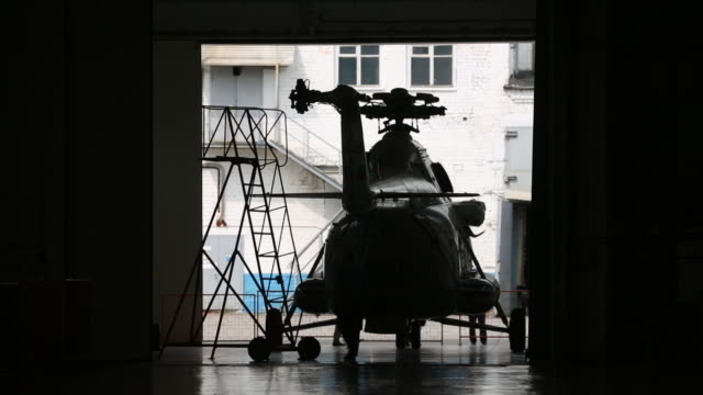 production of ansat multi-purpose light helicopters and mil mi-8/17, mil mi-38 heavy utility helicopters at the kazan helicopter plant, operated by... - {{relatedsearchurl(carousel.phrase)}} video stock e b–roll