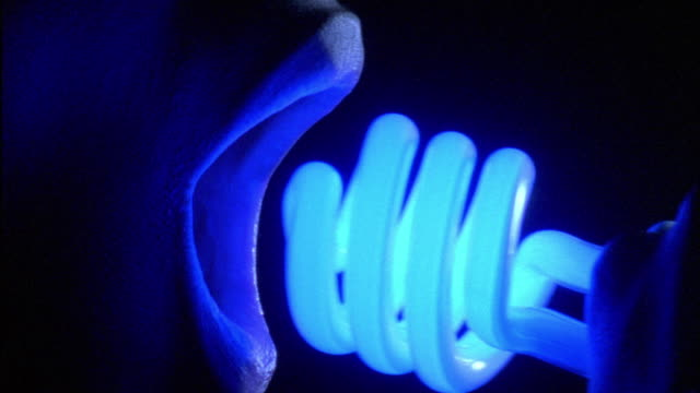 Profil Mouth - Blue Bulb