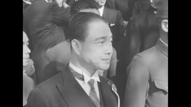 vídeos de stock, filmes e b-roll de cu profile of wang jingwei 1st president of the republic of china under the japanesecontrolled nanjing regime on front steps of government building... - major league soccer