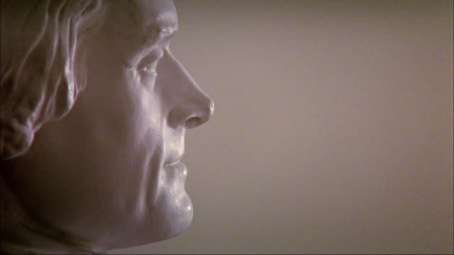 cu profile thomas jefferson bust at the university of virginia / charlottesville, virginia - thomas jefferson stock videos & royalty-free footage