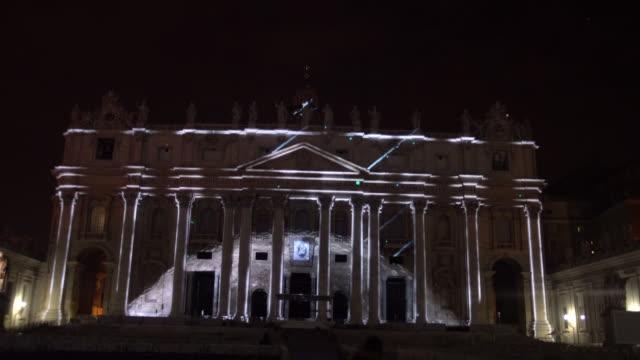 projection show - stato del vaticano video stock e b–roll