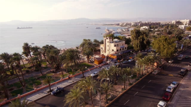 ws -  promenade in aqaba, jordan from above. - gulf of aqaba stock videos & royalty-free footage