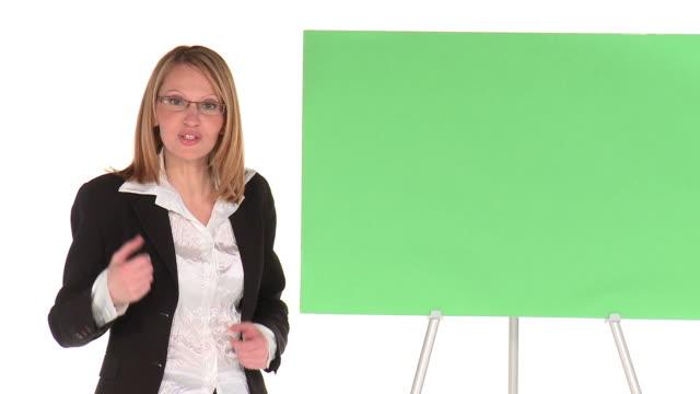 vídeos de stock e filmes b-roll de hd: a promoção - quadro negro