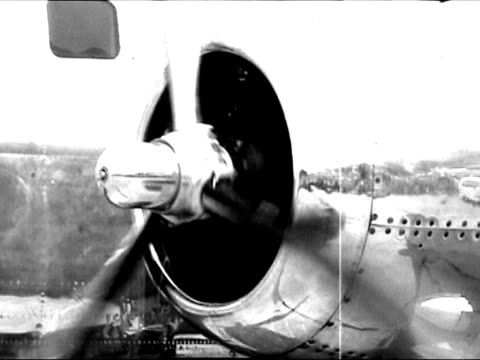 propeller in oldtimer airplane - propeller stock videos & royalty-free footage