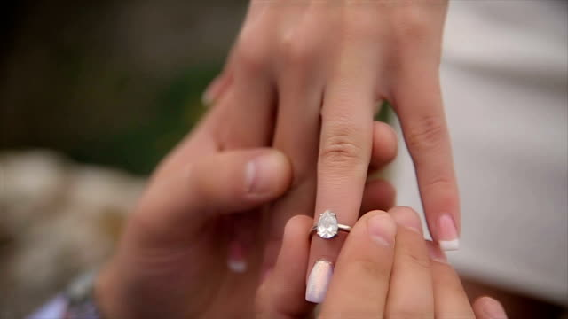 proposal,human hands,close up - fidanzata video stock e b–roll