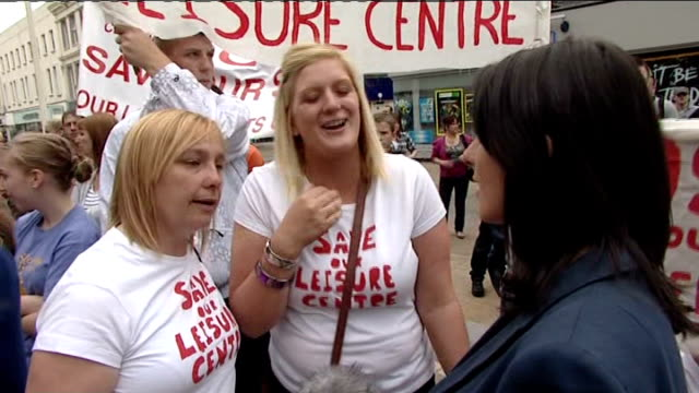 protest in blackburn over council spending cuts vox pop blackburn with darwen council meeting in session man presenting petition opposing cuts at... - petition stock-videos und b-roll-filmmaterial